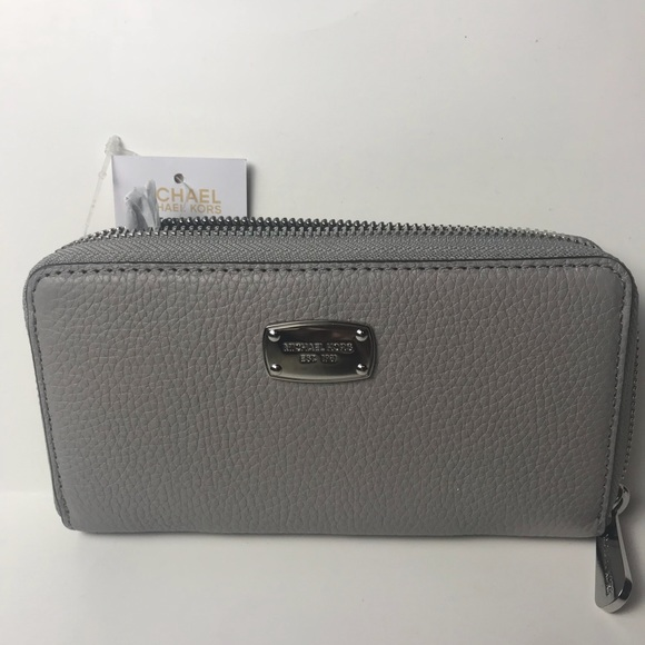 f8dd4c51756a46 ... Michael Kors purse wallet Pearl Grey Multifunction Leather Wallet ...